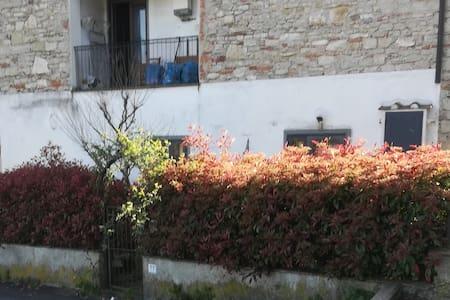 LA CASA DI LELA tra natura e storia in Toscana