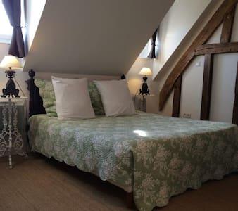 Bohème BandB Deauville/Honfleur - Blangy le chateau - Bed & Breakfast