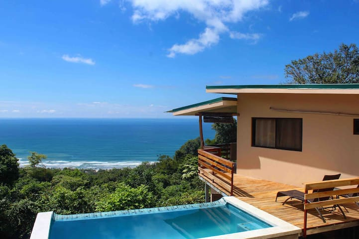 Infinity Pool Villa w/BEST view, minutes to Beach!