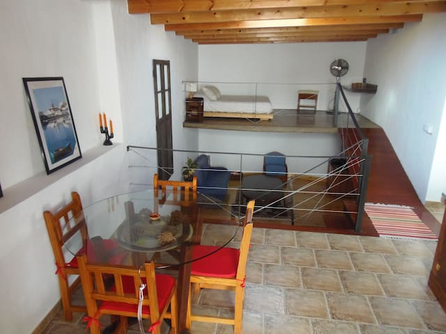 Little Loft - Guesthouses for Rent in Tiagua, Canarias, Spain