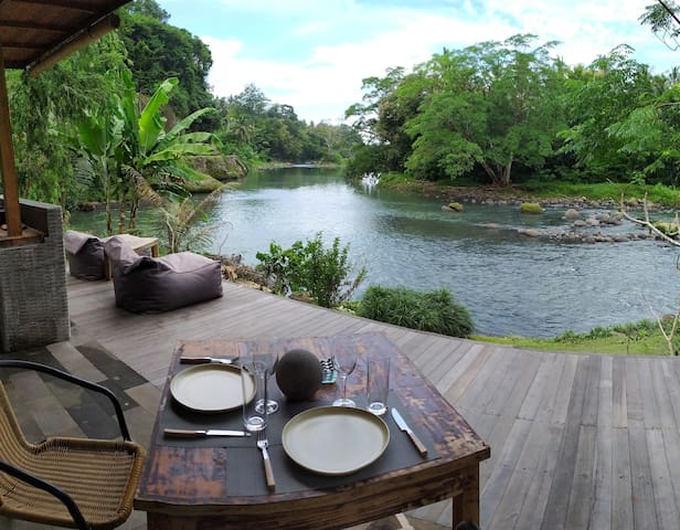 Hut and Hideaway - Balian River