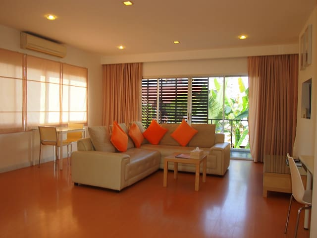 1 Bed Balcony Apartment in Thapae