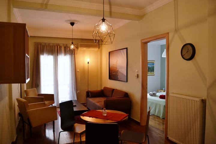 Renovated apartment 5 min from the white tower !