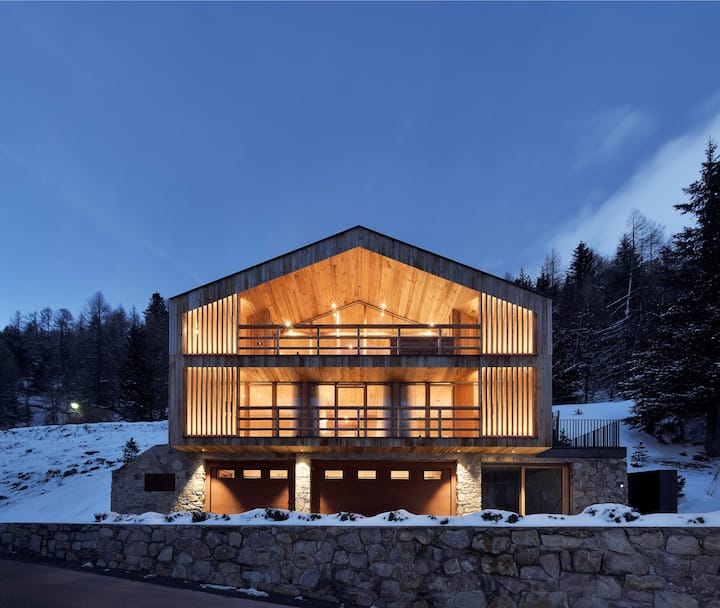 Luxury chalet amidst the Ortler Alps,  South Tyrol