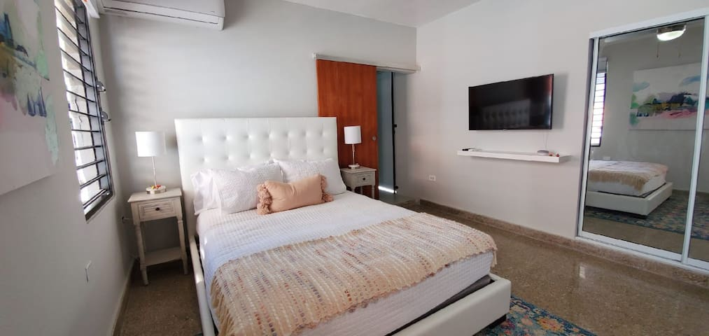 Queen bed, TV and Air conditioning