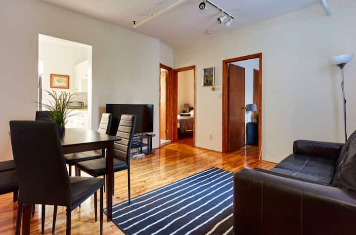 Homey 2 Bedroom Apartment in Heart of Chelsea