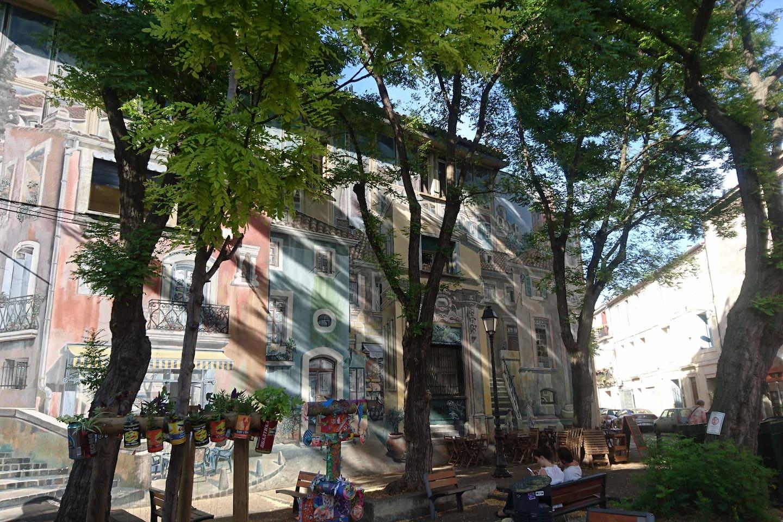 Street-art, animations, concerts, vides greniers... le quartier est animé par une association tout au long de l'année.