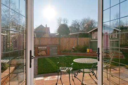 Hermitage Cottage cosy  1-4 person accommodation. - Kent - Serviced flat