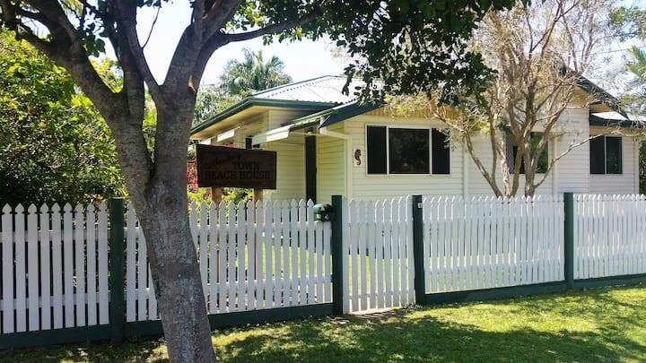 Mackay Town Beach House!