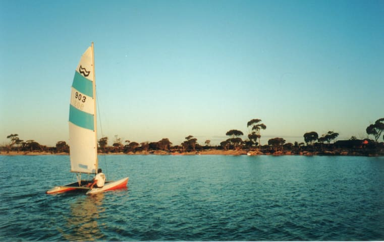 Sailing on Lake Magic