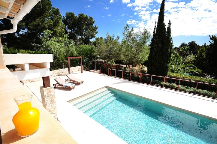 Family villa in the quiet place near the beach - Santa Ponsa - Villa