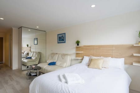 Exquisite Studio in the Heart of Manly - Manly