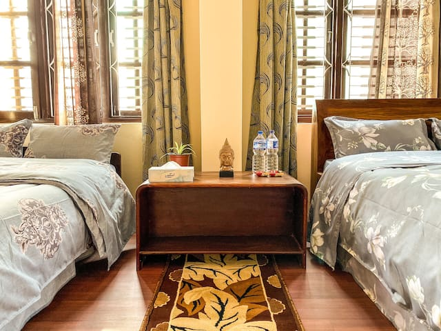 Private Spacious Room With 2 Double Beds By Boudha