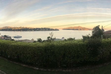 Million $ View, clean and NEW - Sausalito - Lejlighed