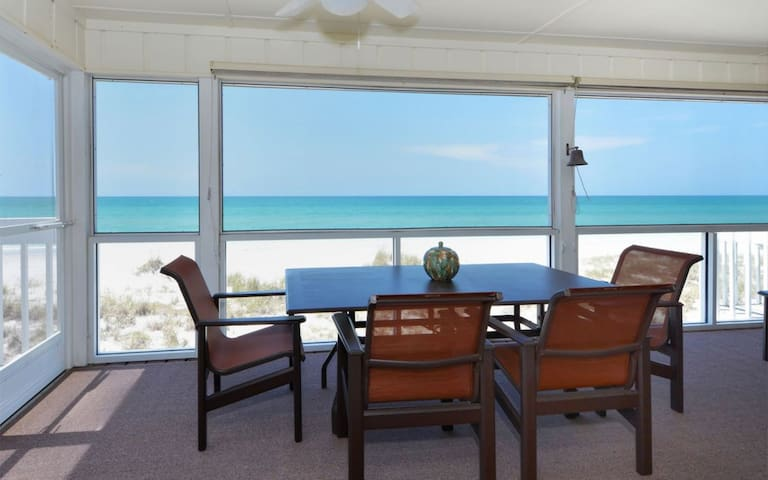 Sandpiper Shores, located on Palm Island - Placida - Townhouse