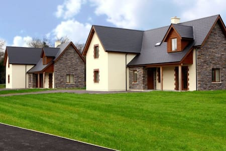 Ardnagashel Woods Holiday Homes, Ardnagashel, Co.Cork - Type A - 4 Bed - Sleeps 8 - Ardnagashel