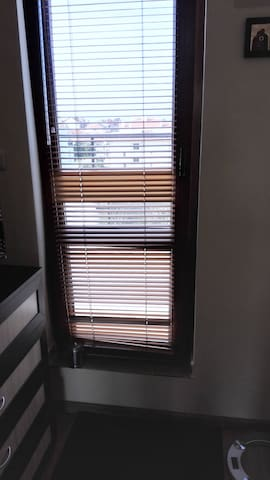 Балконная дверь в спальне