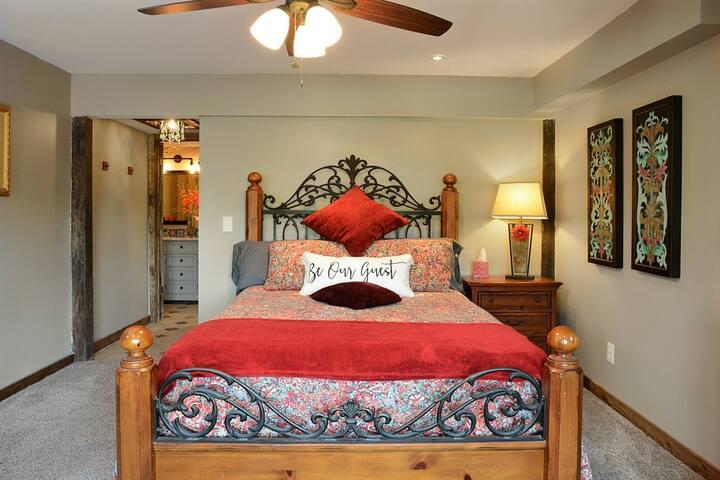 Hacienda suite bed