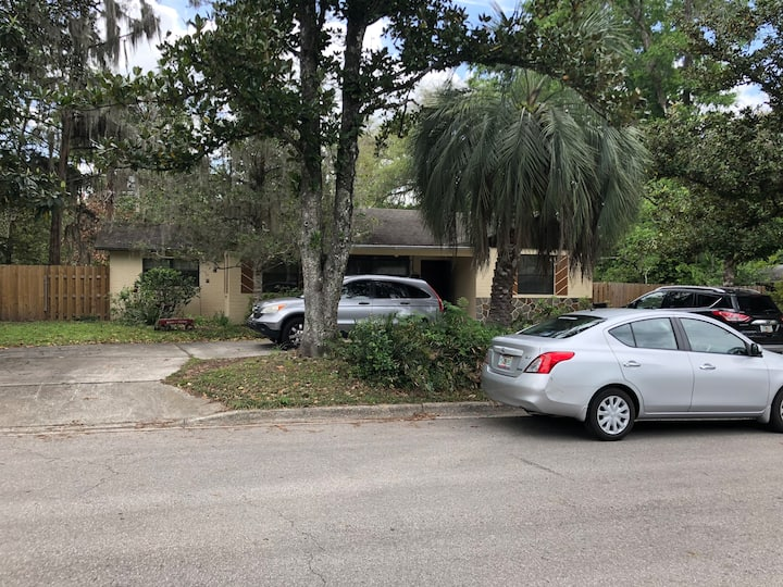 Cozy Florida Home - Northwest Gainesville