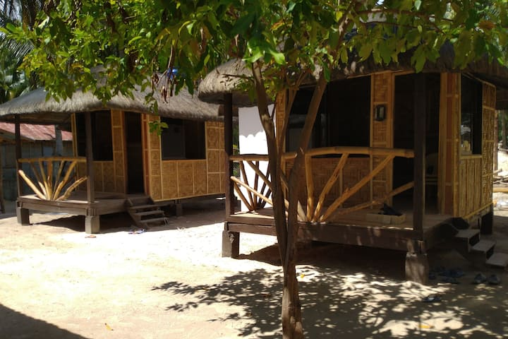 Siargao Tropic Hostel Laksoy Private Room