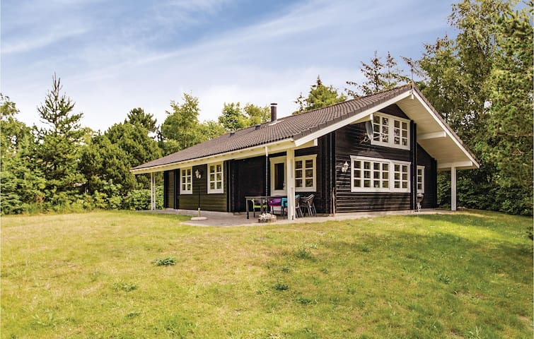 Holiday cottage with 4 bedrooms on 120m² in Kalundborg