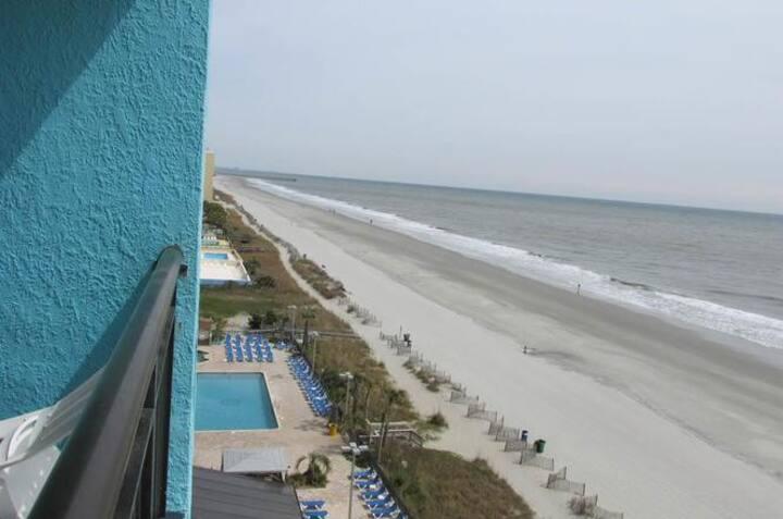 Landmark Resort 945