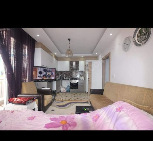 Furnish room in a apartment double bed
