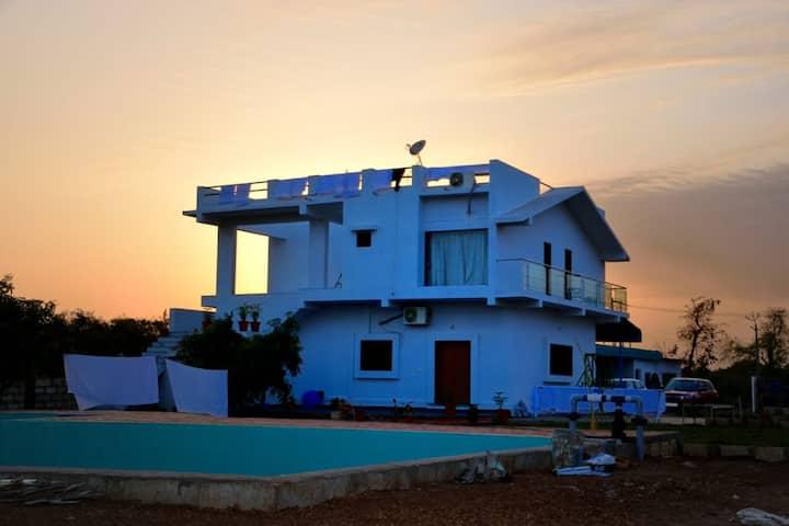 Houbara Resort