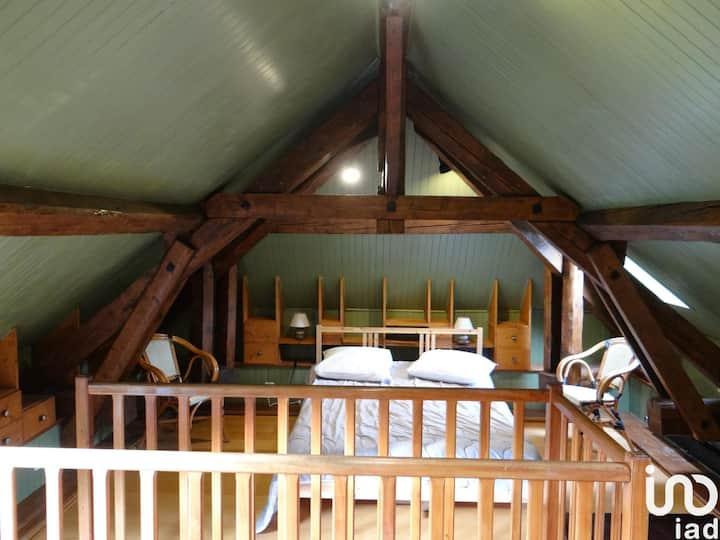 Maison avec jardin proche lac 10 km d'Annecy