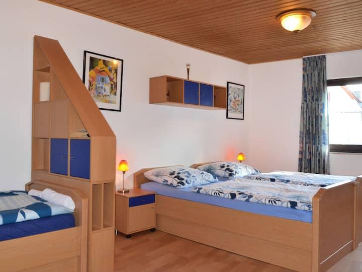 Pension Becker, (Arnsberg), Apartment Zimmer Nr. 6