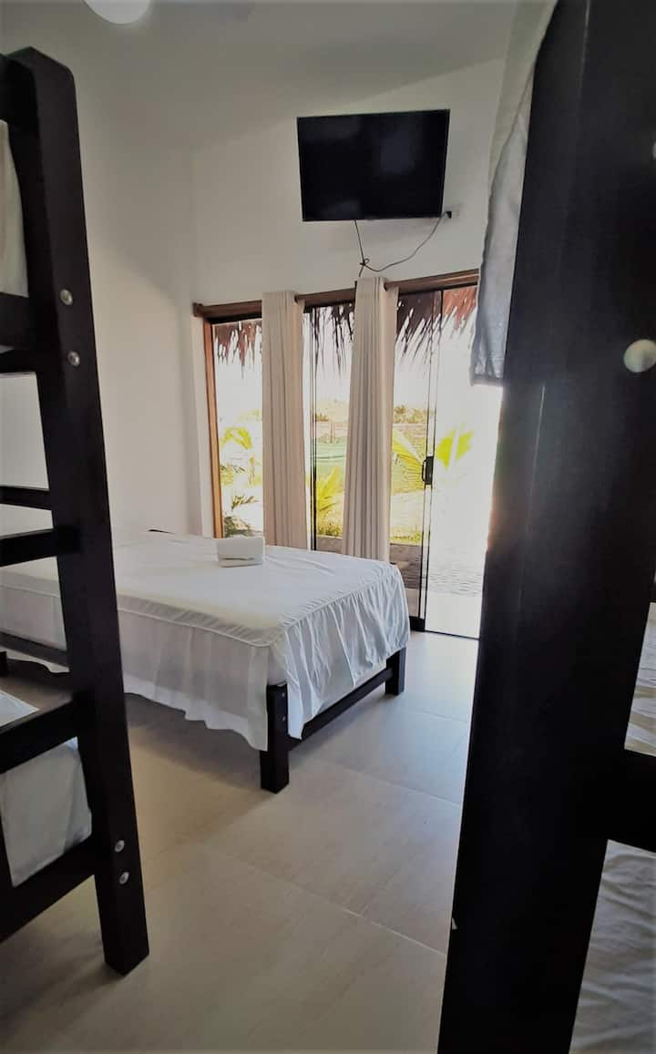 Double Room w/Private Bathroom and Outdoor Pool 4