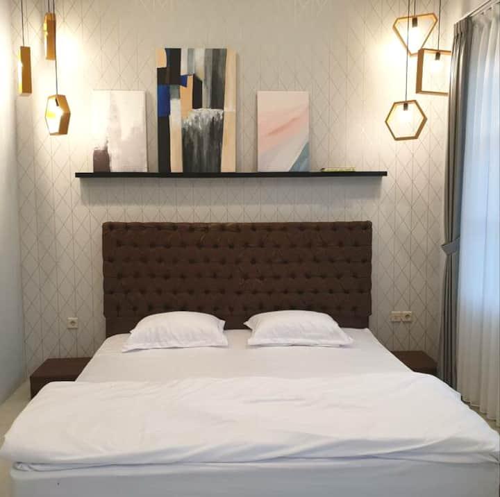 Dream Belle Room B