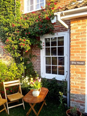 Historic and Charming, Ship House Dunwich