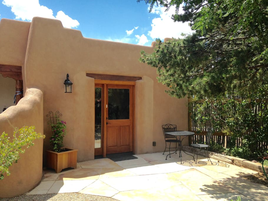 Private Entry and Patio