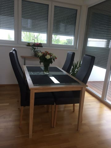 Modern and sunny apartment - Wenen - Appartement