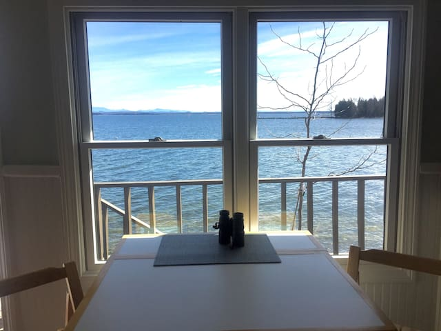 Lakeside Cottage - Plattsburgh - 一軒家