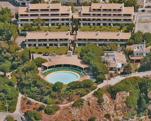 Apartment at the Beach - Sra. da Rocha (Algarve) - Porches - Daire