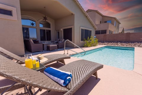 Pool with amazing sunset views!| Pet friendly