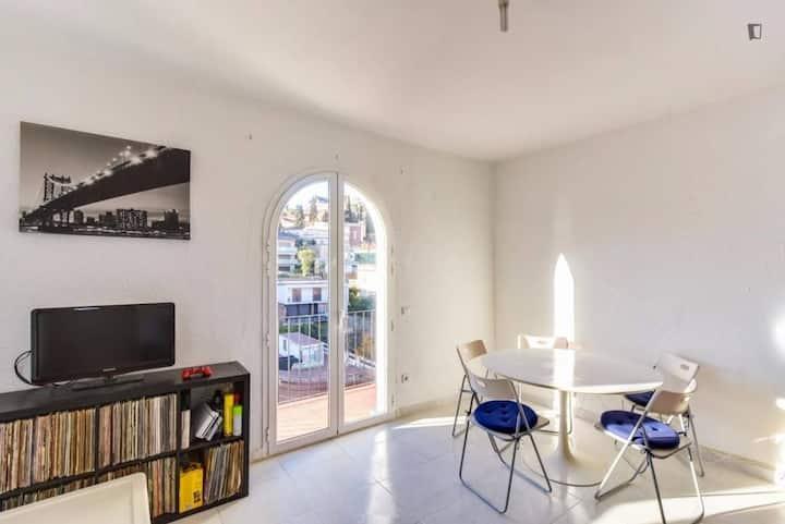 Comfortable Room, Spacious, Luminous near Sagrada