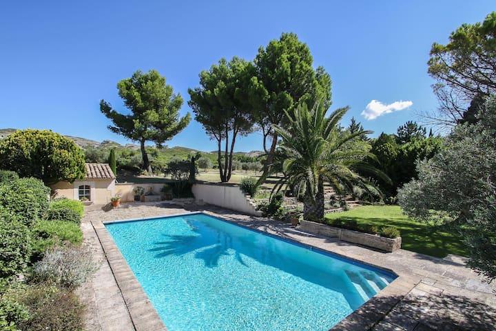 B&B avec piscine | Le vieux Mas du Destet - Mouriès