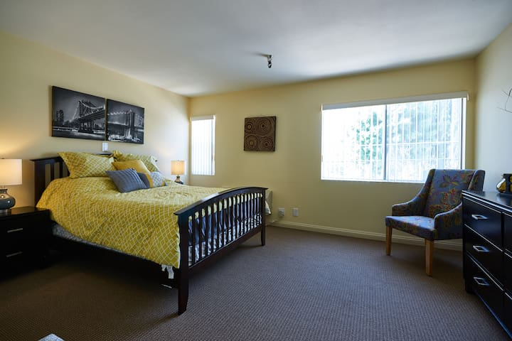 Gorgeous Assisted Living Community - Hemet - Apartment