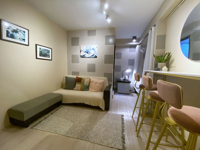 Cheung Chau Stylish Apartment