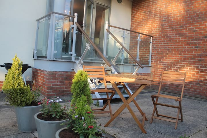 Luxury modern 2 Bedroom flat with private terrace - Gateshead - Appartement