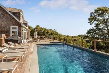 New Listing: Modernist Luxury & Panoramic Ocean Views, 2,200' Deck, Indoor & Outdoor Entertainment