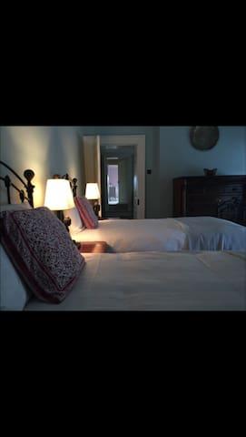 Beechmount House - Guest Bedroom No. 4