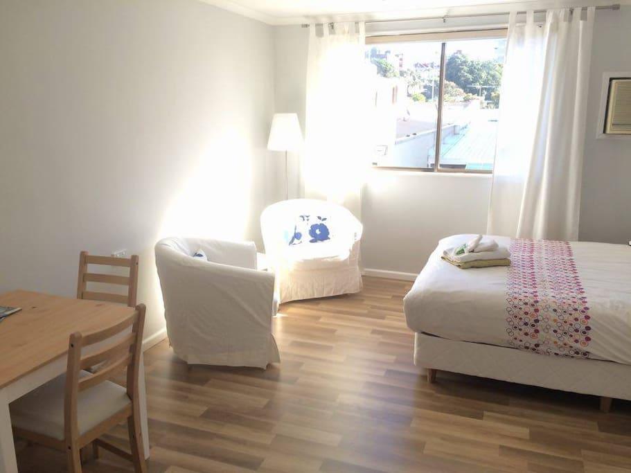 Appartement studio manly beach sydney appartements - Appartement circulaire sydney en australie ...