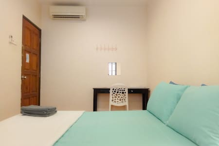 Room#2★Heritage House★Free Wifi★AC★Georgetown