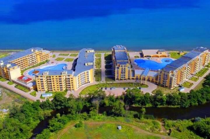 Studio Midia Grand Resort J303
