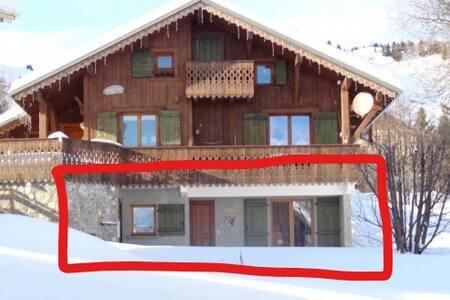 Appartement dans chalet, Ski au pied