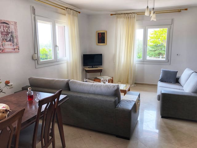 Alexandroupolis, House with great View and Yard
